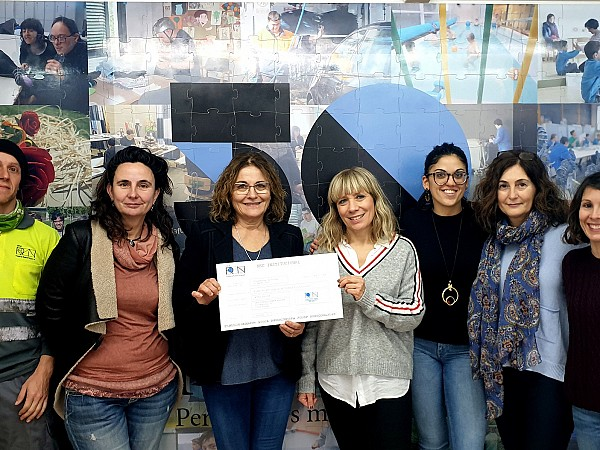 The Climate Committee awards the prize to the winning photo of the 2020 Calendar