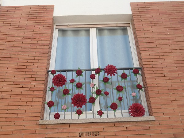 2nd runner-up in the balcony decoration competition awarded at the Llagostera Residence Hall
